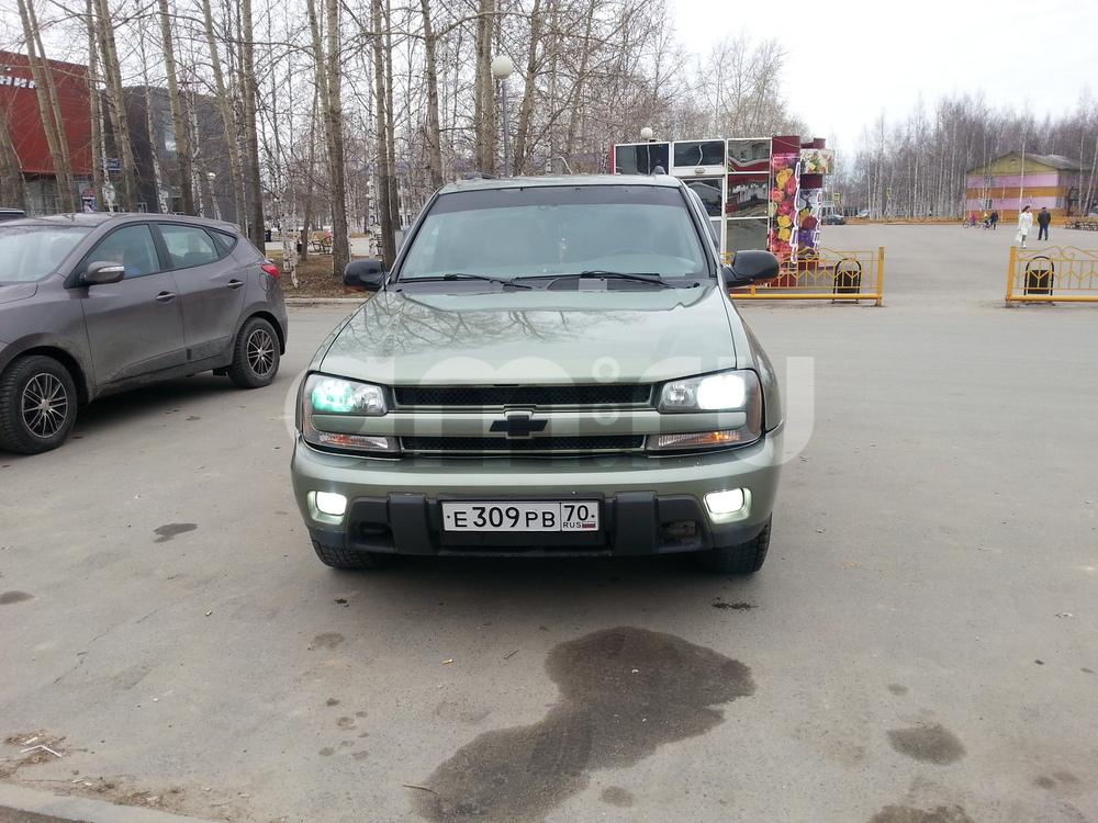 Подержанный Chevrolet TrailBlazer, среднее состояние, зеленый , 2003 года выпуска, цена 370 000 руб. в ао. Ханты-Мансийском Автономном округе - Югре