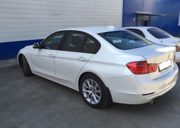 Подержанный BMW 3 серия, отличное состояние, белый , 2013 года выпуска, цена 1 110 000 руб. в Челябинской области