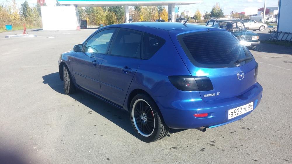 Подержанный Mazda 3, хорошее состояние, синий , 2006 года выпуска, цена 380 000 руб. в ао. Ханты-Мансийском Автономном округе - Югре