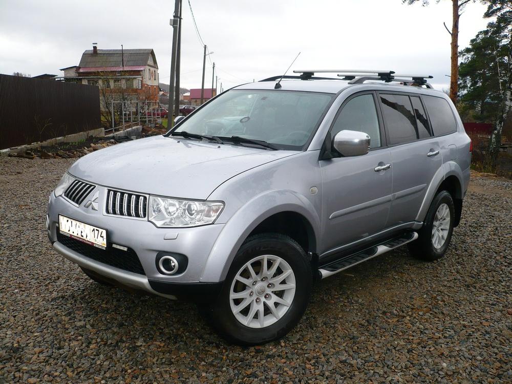 Подержанный Mitsubishi Pajero Sport, хорошее состояние, серебряный металлик, 2012 года выпуска, цена 1 250 000 руб. в Челябинской области