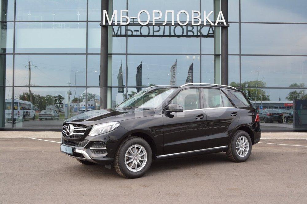 Новый авто Mercedes-Benz GLE-Класс, черный металлик, 2016 года выпуска, цена 3 876 306 руб. в автосалоне  ()