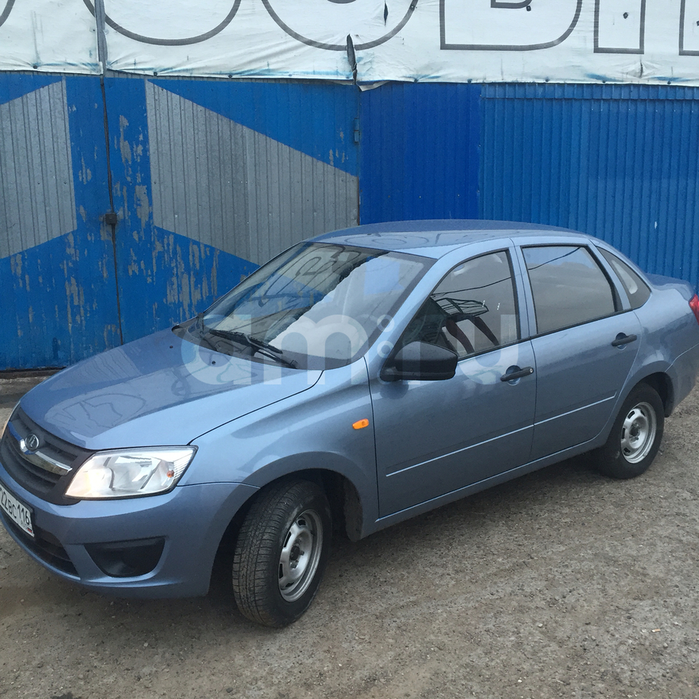 Подержанный ВАЗ (Lada) Granta, отличное состояние, голубой , 2015 года выпуска, цена 295 000 руб. в республике Татарстане