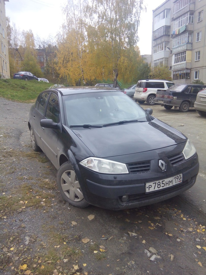 Подержанный Renault Megane, хорошее состояние, черный , 2005 года выпуска, цена 240 000 руб. в Челябинской области