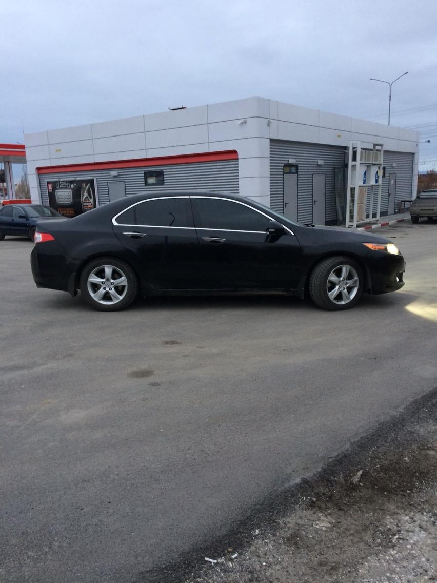 Подержанный Honda Accord, хорошее состояние, черный металлик, 2008 года выпуска, цена 740 000 руб. в Челябинской области
