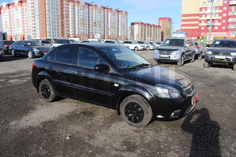 Kia Rio с пробегом, черный , хорошее состояние, 2010 года выпуска, цена 360 000 руб. в автосалоне  ()