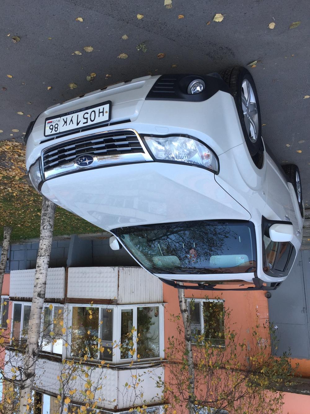 Подержанный Subaru Forester, среднее состояние, белый перламутр, 2009 года выпуска, цена 850 000 руб. в ао. Ханты-Мансийском Автономном округе - Югре