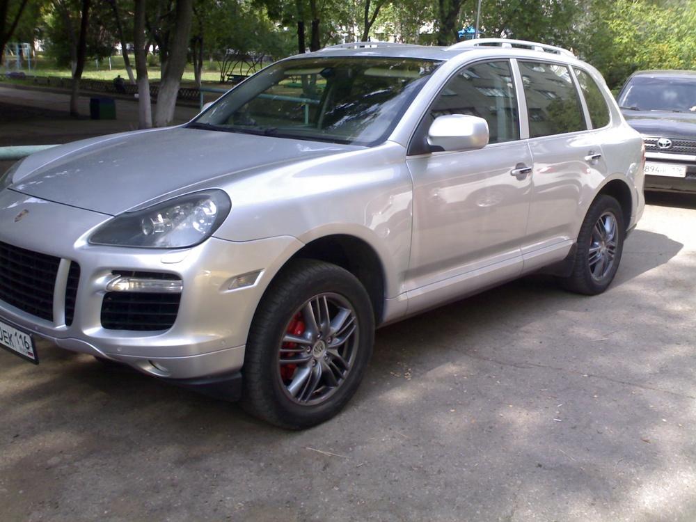 Подержанный Porsche Cayenne, отличное состояние, серебряный металлик, 2008 года выпуска, цена 970 000 руб. в республике Татарстане