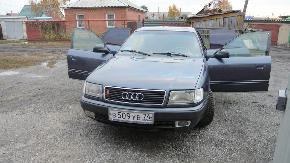 Подержанный Audi 100, хорошее состояние, синий , 1991 года выпуска, цена 142 000 руб. в Челябинской области