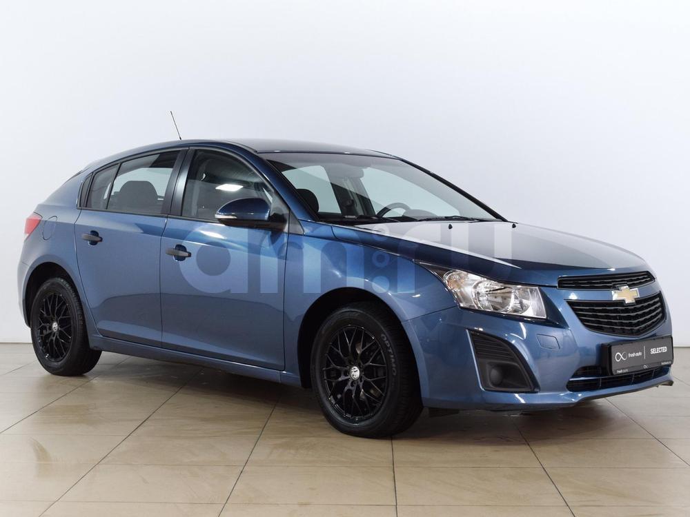 Chevrolet Cruze с пробегом, синий металлик, отличное состояние, 2014 года выпуска, цена 549 000 руб. в автосалоне  ()