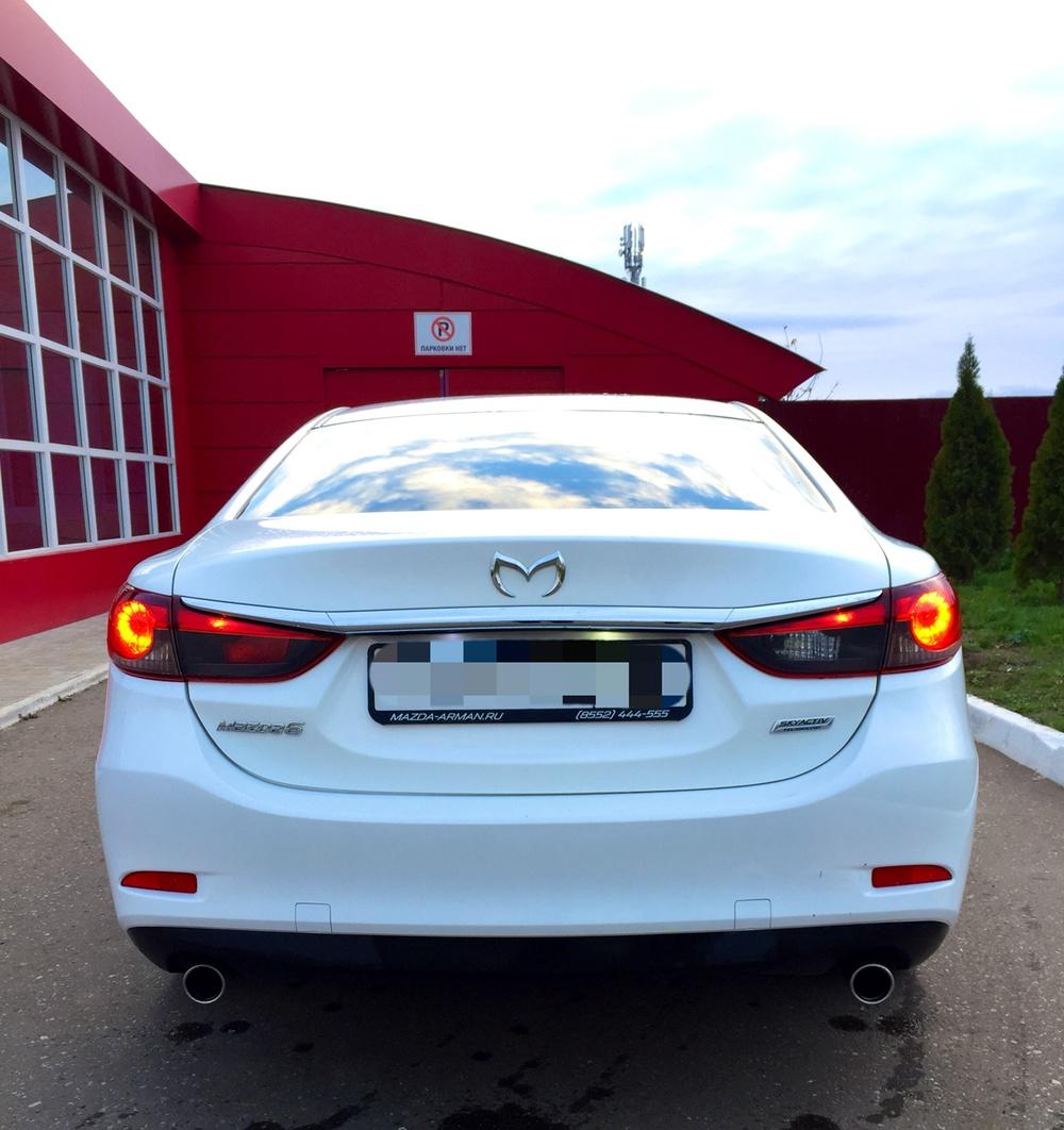 Подержанный Mazda 6, хорошее состояние, белый металлик, 2014 года выпуска, цена 835 000 руб. в республике Татарстане
