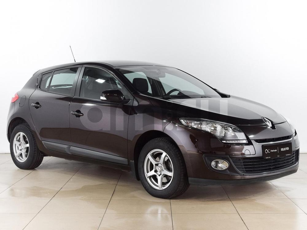 Renault Megane с пробегом, коричневый , отличное состояние, 2014 года выпуска, цена 599 000 руб. в автосалоне  ()