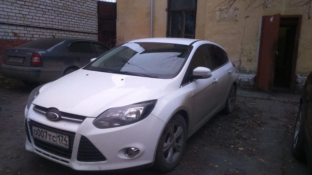 Подержанный Ford Focus, хорошее состояние, белый , 2012 года выпуска, цена 495 000 руб. в Челябинской области