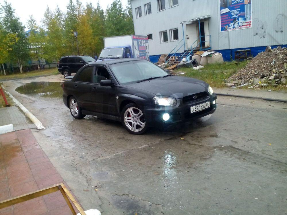 Подержанный Subaru Impreza, хорошее состояние, черный металлик, 2003 года выпуска, цена 300 000 руб. в ао. Ханты-Мансийском Автономном округе - Югре