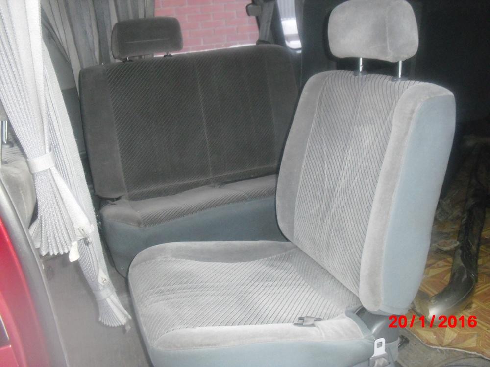 Подержанный Toyota Estima, хорошее состояние, бордовый , 1993 года выпуска, цена 210 000 руб. в Челябинской области