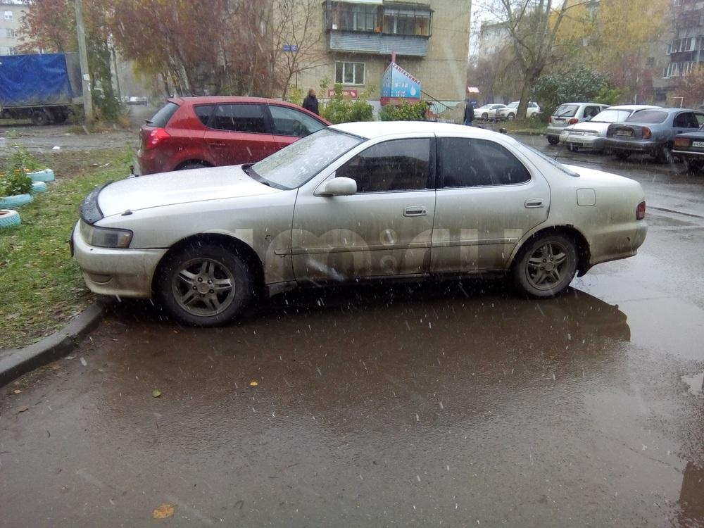 Подержанный Toyota Cresta, хорошее состояние, серый перламутр, 1997 года выпуска, цена 180 000 руб. в Челябинской области