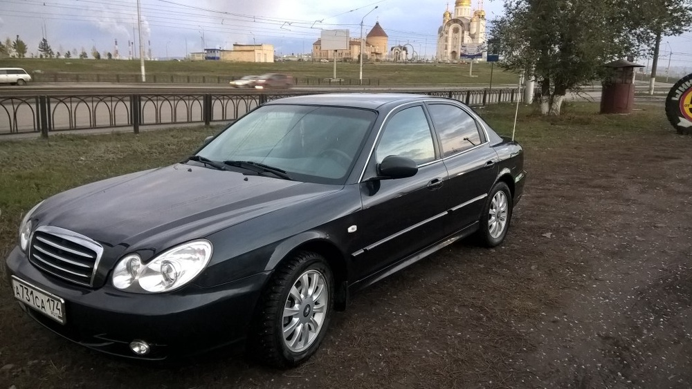 Подержанный Hyundai Sonata, отличное состояние, черный перламутр, 2011 года выпуска, цена 400 000 руб. в Челябинской области