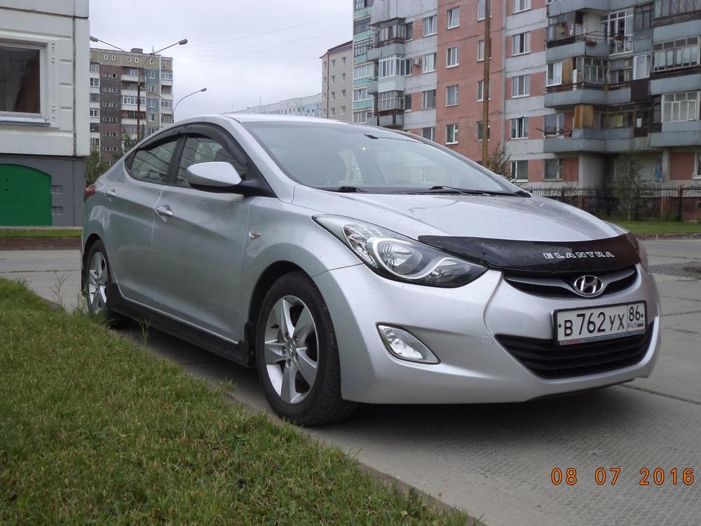 Подержанный Hyundai Elantra, отличное состояние, серебряный металлик, 2011 года выпуска, цена 590 000 руб. в ао. Ханты-Мансийском Автономном округе - Югре