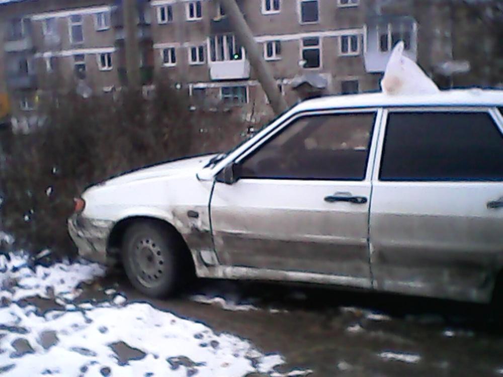 Подержанный ВАЗ (Lada) 2114, среднее состояние, белый , 2004 года выпуска, цена 65 000 руб. в Челябинской области