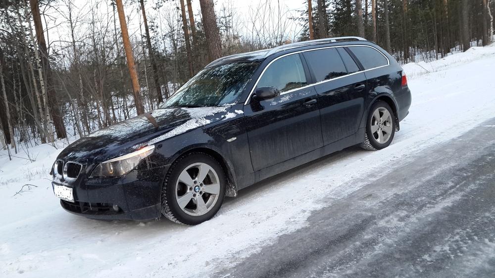 Подержанный BMW 5 серия, хорошее состояние, черный , 2006 года выпуска, цена 800 000 руб. в ао. Ханты-Мансийском Автономном округе - Югре