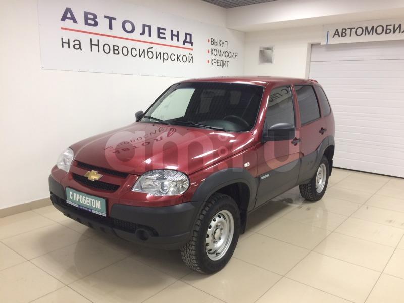 Chevrolet Niva с пробегом, красный , отличное состояние, 2013 года выпуска, цена 370 000 руб. в автосалоне  ()