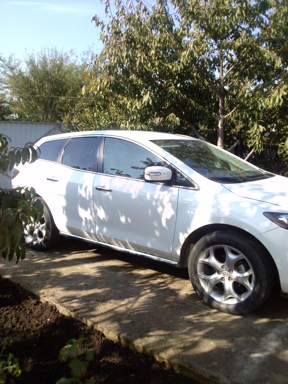 Подержанный Mazda CX-7, отличное состояние, белый , 2011 года выпуска, цена 975 000 руб. в ао. Ханты-Мансийском Автономном округе - Югре