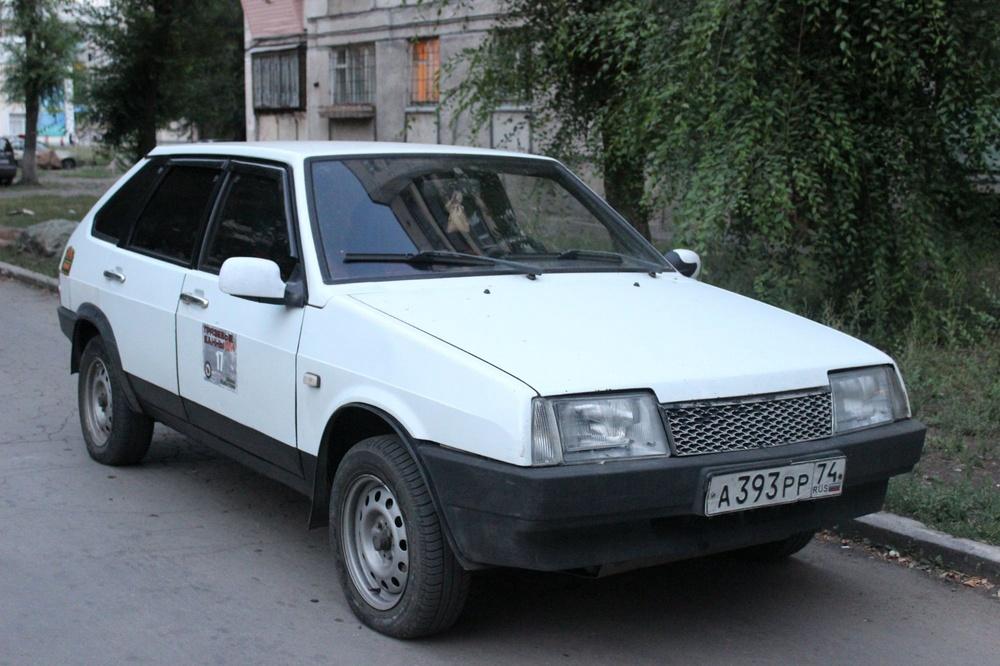 Подержанный ВАЗ (Lada) 2109, хорошее состояние, белый , 1997 года выпуска, цена 27 000 руб. в Челябинской области