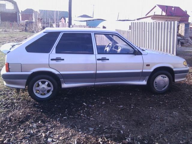Подержанный ВАЗ (Lada) 2114, хорошее состояние, серебряный металлик, 2005 года выпуска, цена 100 000 руб. в Челябинской области