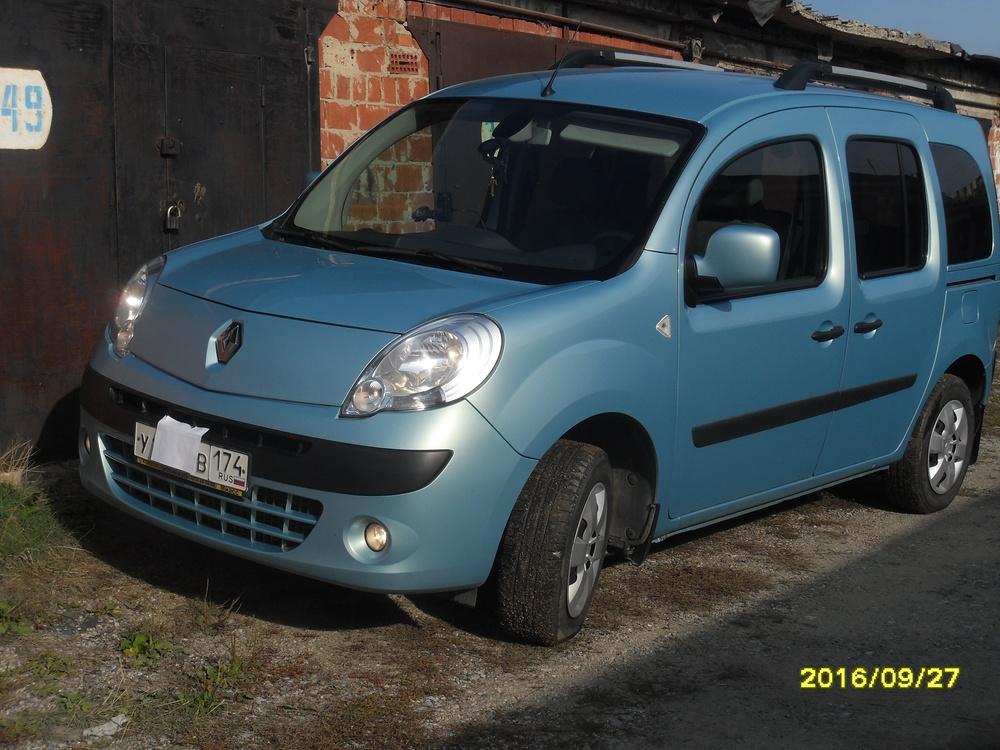 Подержанный Renault Kangoo, хорошее состояние, голубой , 2011 года выпуска, цена 525 000 руб. в Челябинской области
