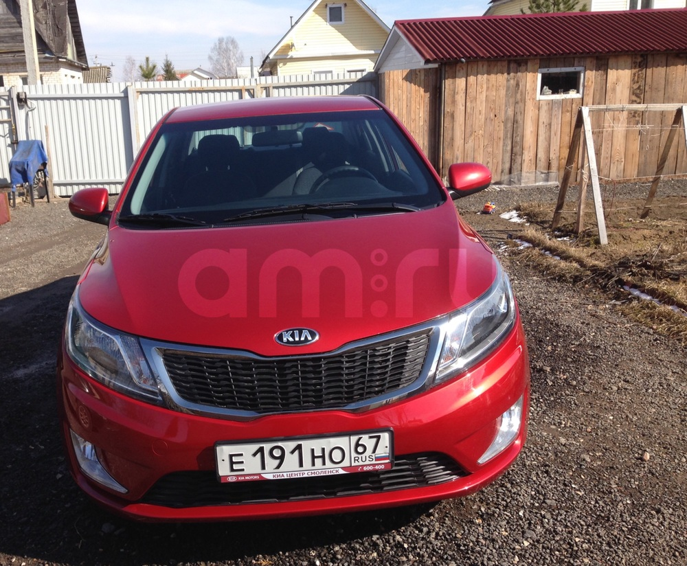 Подержанный Kia Rio, отличное состояние, красный , 2013 года выпуска, цена 550 000 руб. в Смоленской области