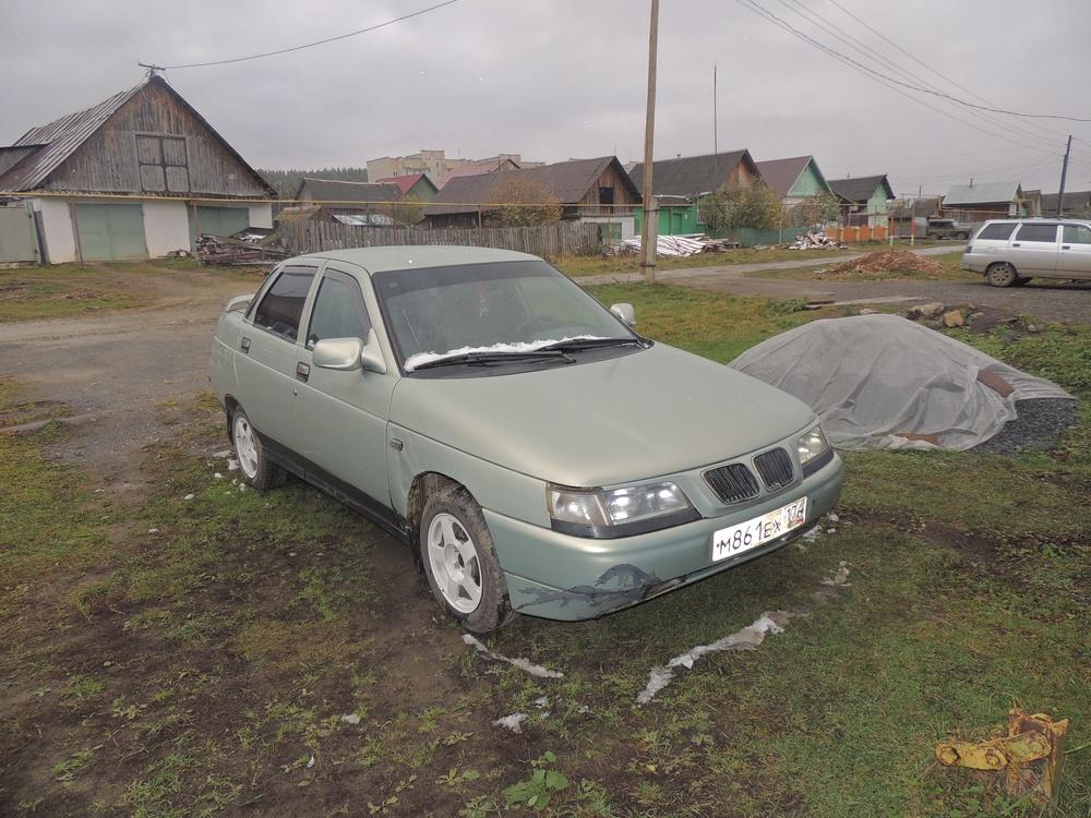 Подержанный ВАЗ (Lada) 2110, хорошее состояние, серебряный , 2002 года выпуска, цена 65 000 руб. в Челябинской области