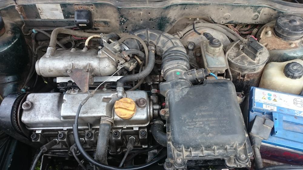 Подержанный ВАЗ (Lada) 2115, среднее состояние, зеленый , 2004 года выпуска, цена 50 000 руб. в Смоленской области