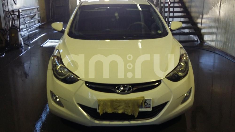 Подержанный Hyundai Elantra, отличное состояние, белый , 2012 года выпуска, цена 750 000 руб. в ао. Ханты-Мансийском Автономном округе - Югре