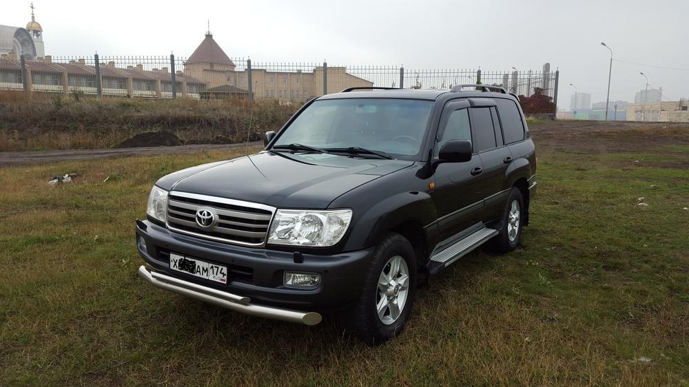Подержанный Toyota Land Cruiser, отличное состояние, черный , 2006 года выпуска, цена 1 330 000 руб. в Челябинской области
