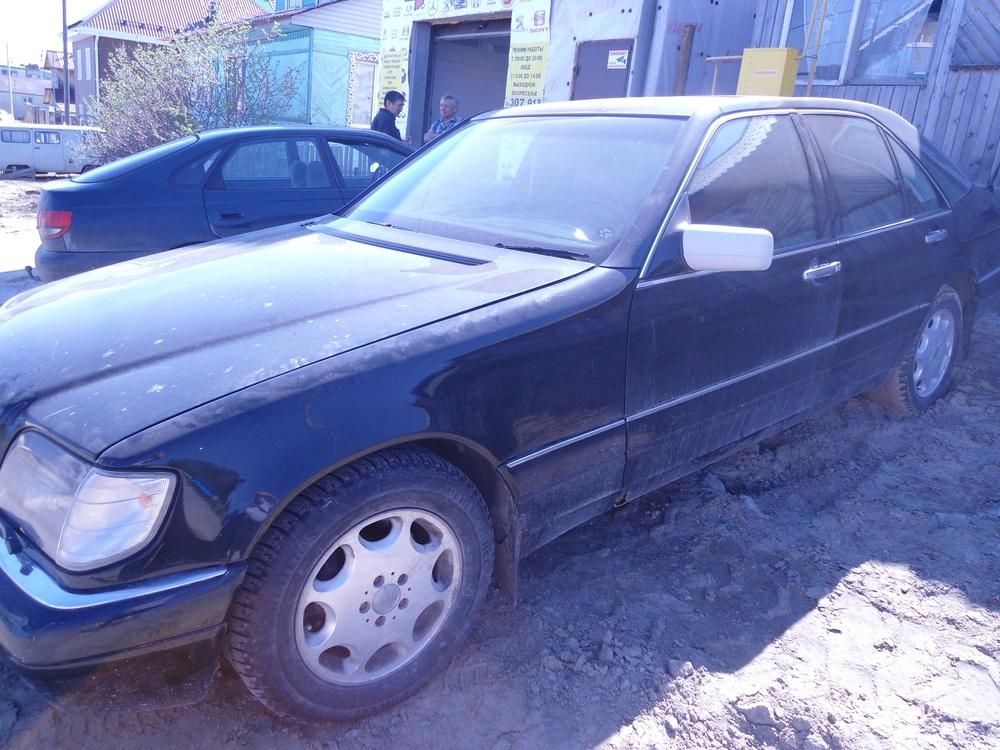 Подержанный Mercedes-Benz S-Класс, среднее состояние, черный , 1995 года выпуска, цена 200 000 руб. в ао. Ханты-Мансийском Автономном округе - Югре