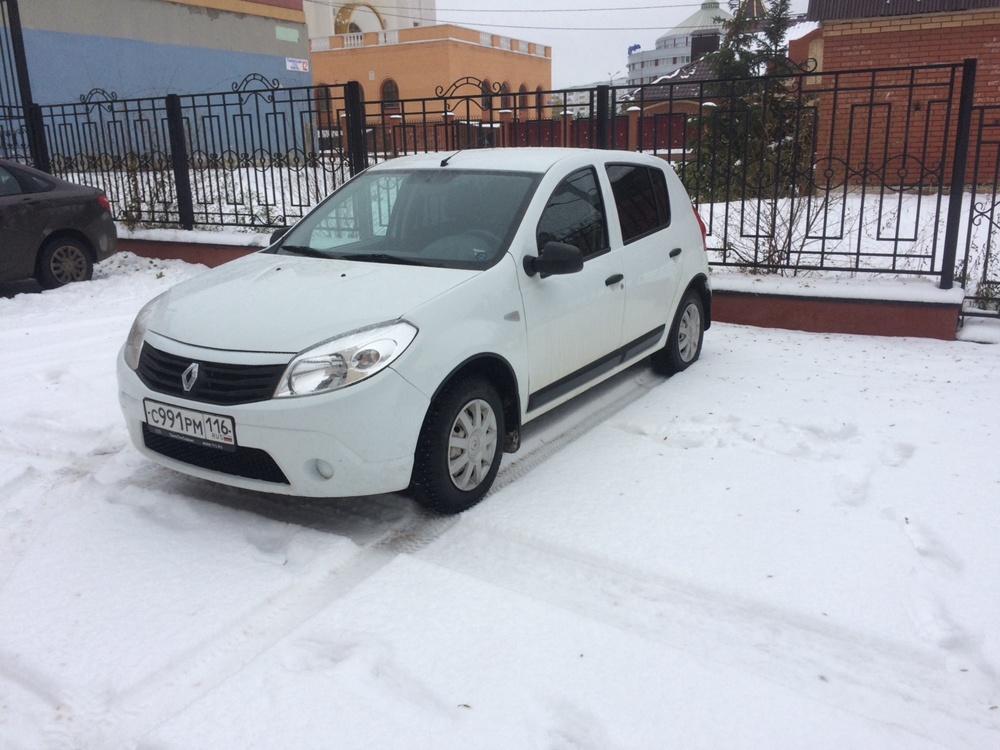 Подержанный Renault Sandero, отличное состояние, белый , 2013 года выпуска, цена 345 000 руб. в республике Татарстане