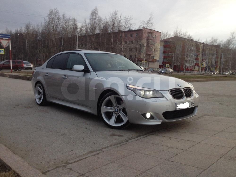 Подержанный BMW 5 серия, отличное состояние, серебряный металлик, 2005 года выпуска, цена 770 000 руб. в ао. Ханты-Мансийском Автономном округе - Югре