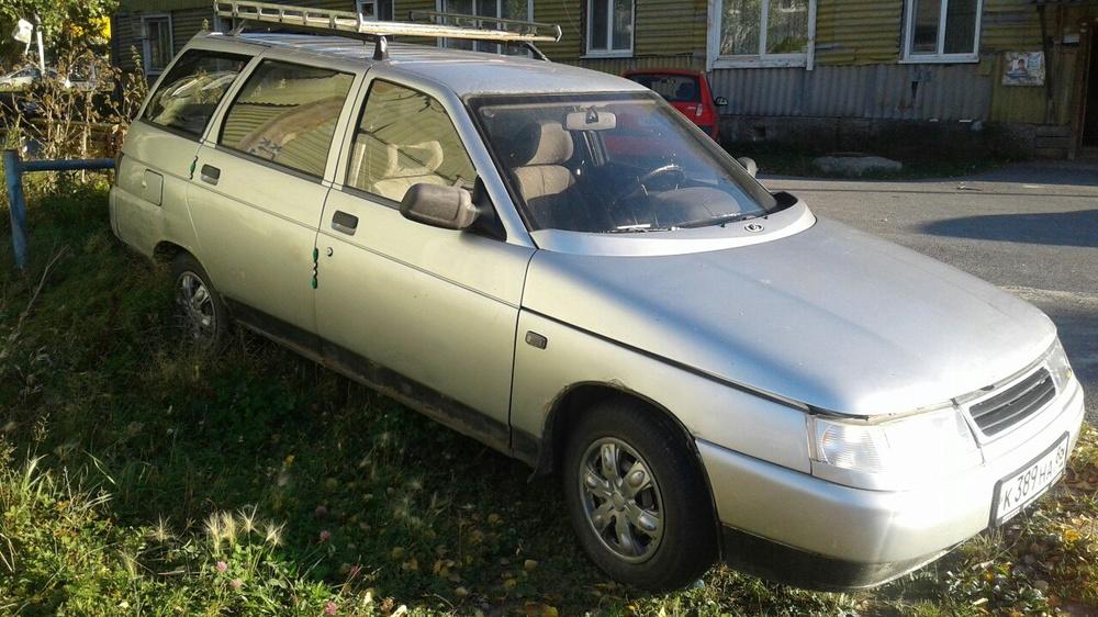Подержанный ВАЗ (Lada) 2111, среднее состояние, серебряный металлик, 2001 года выпуска, цена 60 000 руб. в ао. Ханты-Мансийском Автономном округе - Югре
