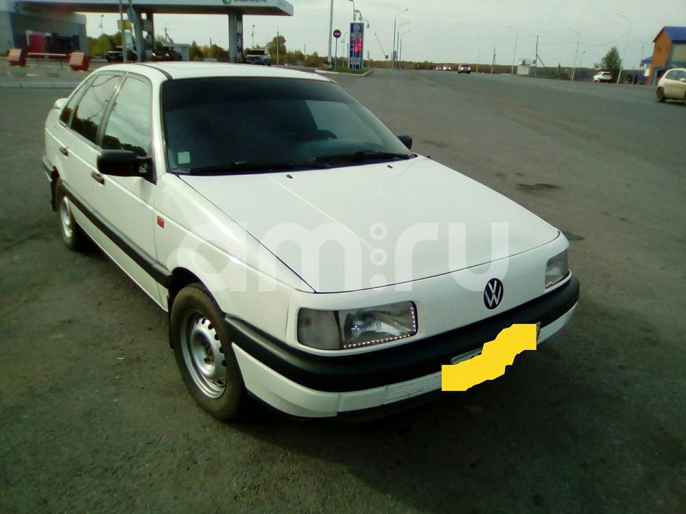 Подержанный Volkswagen Passat, отличное состояние, белый , 1991 года выпуска, цена 100 000 руб. в Челябинской области