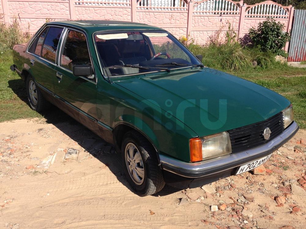 Подержанный Opel Rekord, хорошее состояние, зеленый , 1981 года выпуска, цена 50 000 руб. в Смоленской области