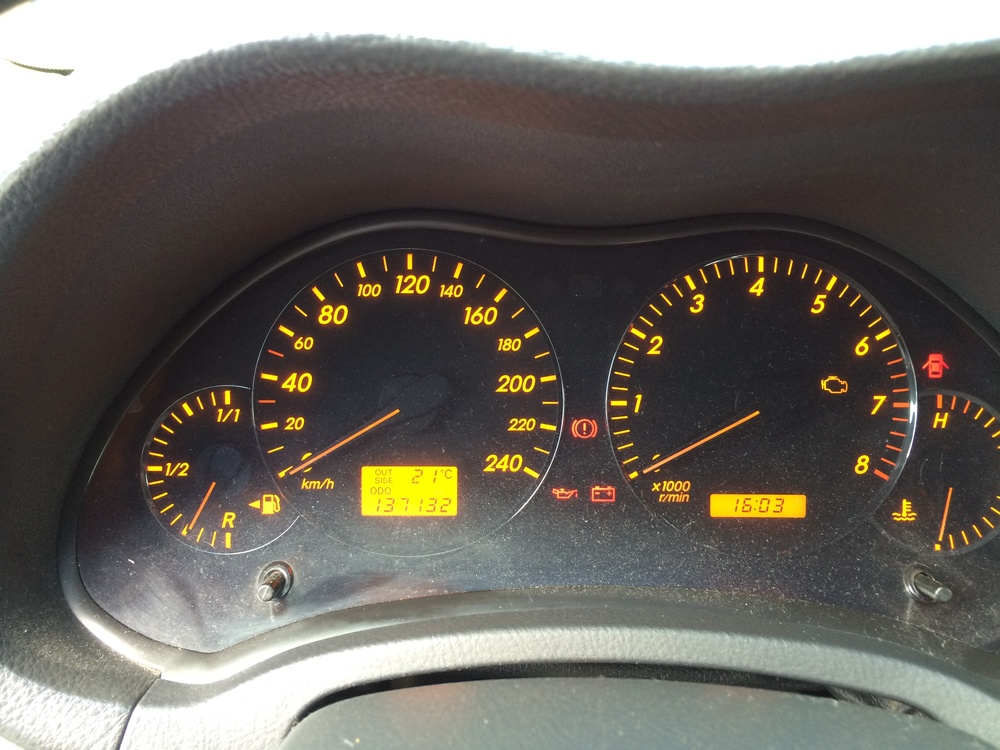 Подержанный Toyota Avensis, хорошее состояние, серый металлик, 2007 года выпуска, цена 430 000 руб. в Челябинской области