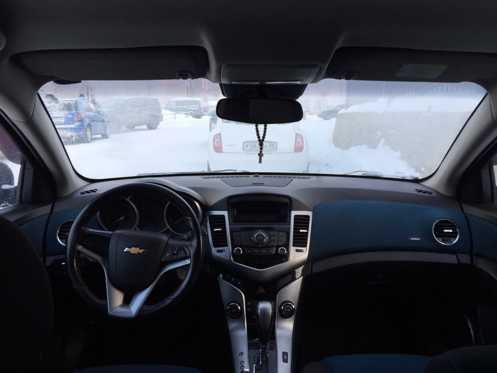 Подержанный Chevrolet Cruze, отличное состояние, серый , 2011 года выпуска, цена 450 000 руб. в ао. Ханты-Мансийском Автономном округе - Югре