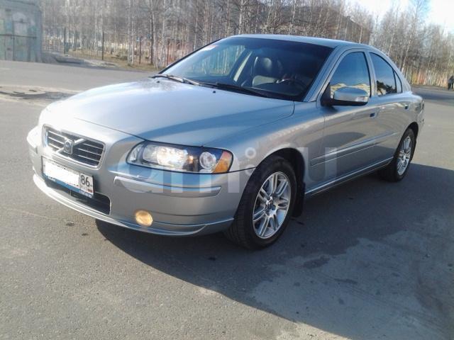 Подержанный Volvo S60, отличное состояние, серебряный металлик, 2009 года выпуска, цена 650 000 руб. в ао. Ханты-Мансийском Автономном округе - Югре