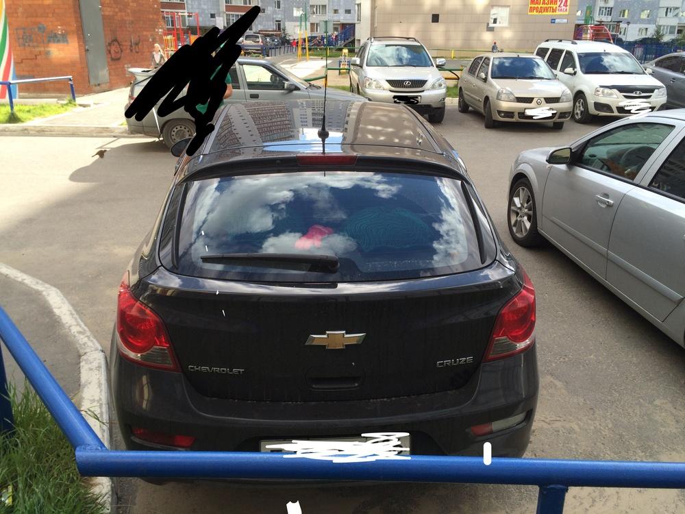 Подержанный Chevrolet Cruze, хорошее состояние, черный , 2013 года выпуска, цена 500 000 руб. в ао. Ханты-Мансийском Автономном округе - Югре