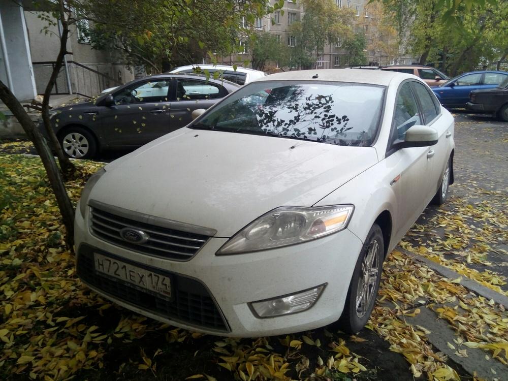 Подержанный Ford Mondeo, хорошее состояние, белый , 2010 года выпуска, цена 580 000 руб. в Челябинской области