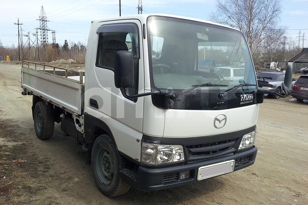 Подержанный Mazda Titan, отличное состояние, белый , 2001 года выпуска, цена 500 000 руб. в ао. Ханты-Мансийском Автономном округе - Югре