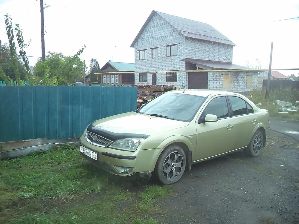 Подержанный Ford Mondeo, хорошее состояние, золотой металлик, 2006 года выпуска, цена 240 000 руб. в Челябинской области