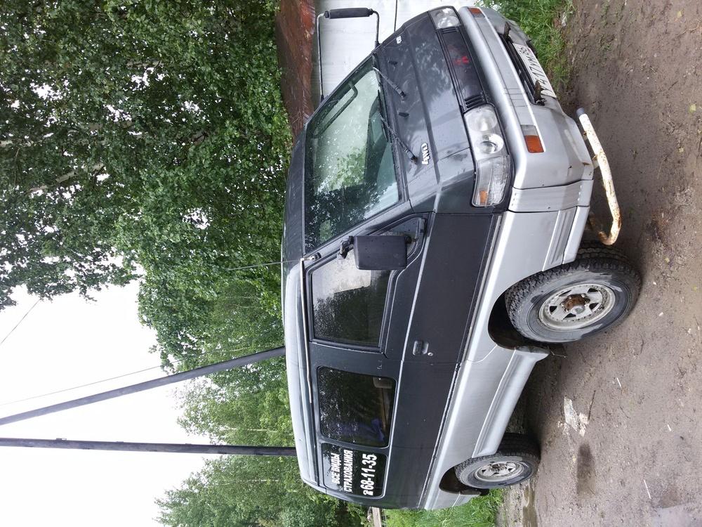 Подержанный Mitsubishi Delica, хорошее состояние, серый , 1995 года выпуска, цена 150 000 руб. в ао. Ханты-Мансийском Автономном округе - Югре
