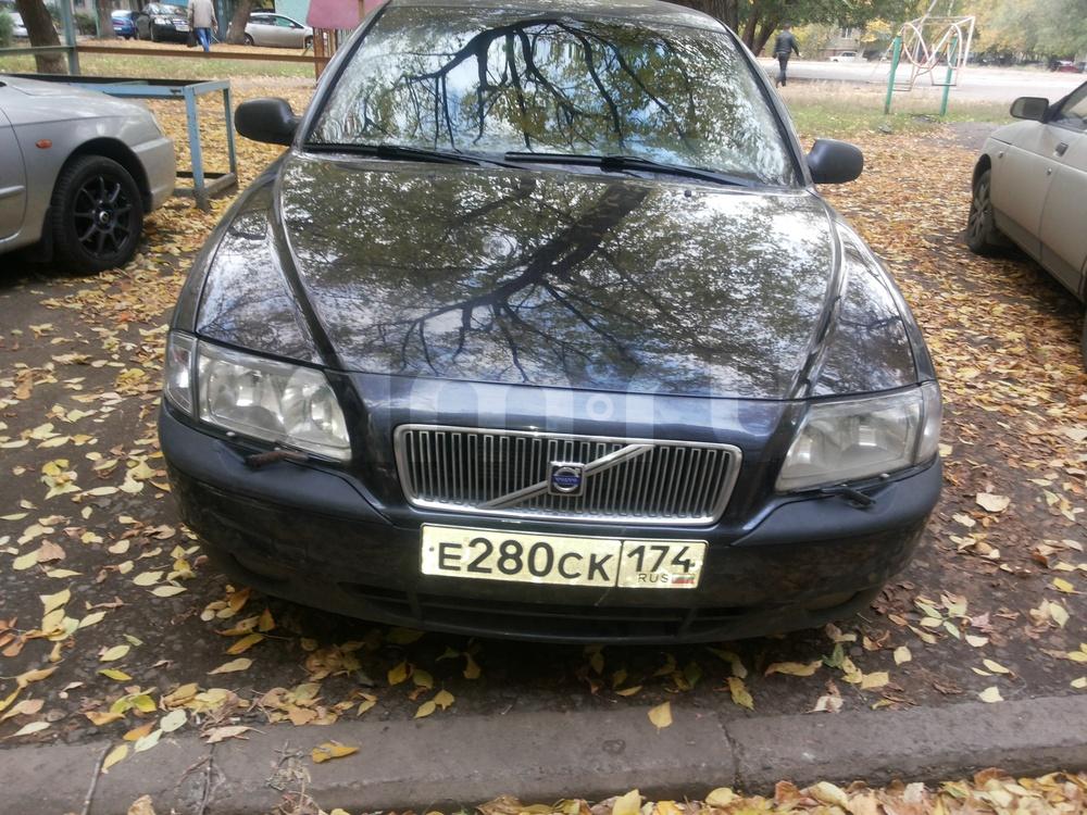 Подержанный Volvo S80, хорошее состояние, черный , 2002 года выпуска, цена 260 000 руб. в Челябинской области