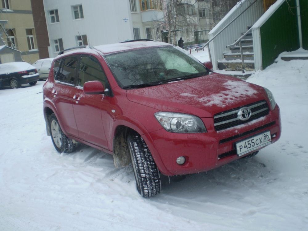 Подержанный Toyota RAV4, хорошее состояние, красный перламутр, 2008 года выпуска, цена 1 000 000 руб. в ао. Ханты-Мансийском Автономном округе - Югре