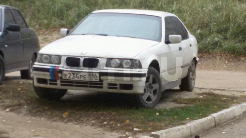 Подержанный BMW 3 серия, плохое состояние, белый , 1993 года выпуска, цена 45 000 руб. в республике Татарстане
